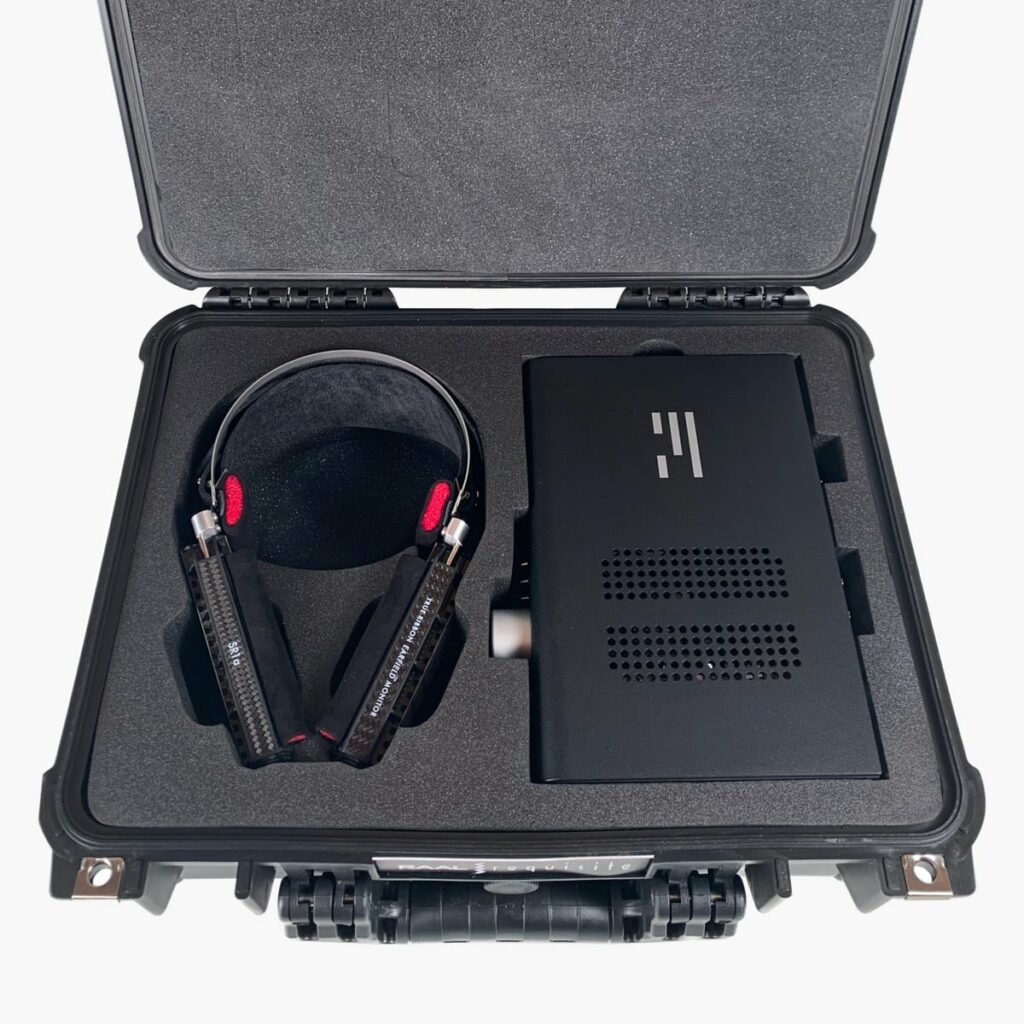 True Ribbon Headphones and Amplifiers 3